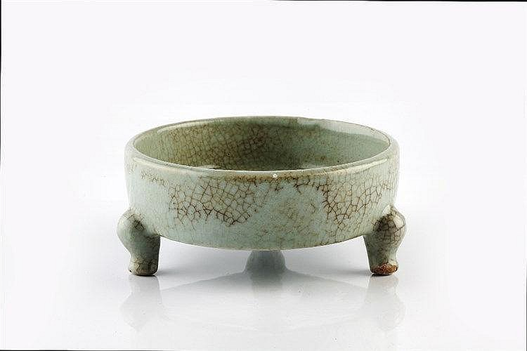 A Chinese Chun style dish 19th Century on three cabriole style feet, b