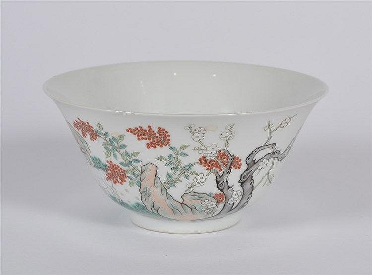 A Chinese porcelain bowl 19th/20th Century decorated in famille rose e