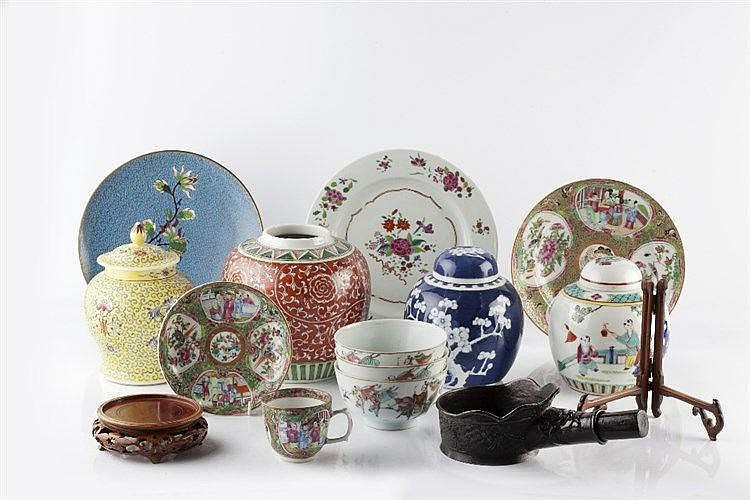 A collection of Chinese pieces to include ginger jars, Canton plates,