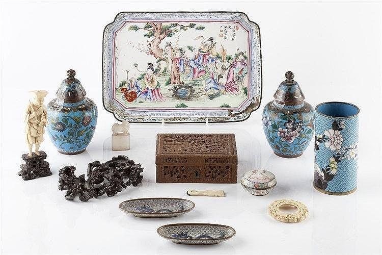 A collection of Chinese pieces to include a carved box, four pieces of