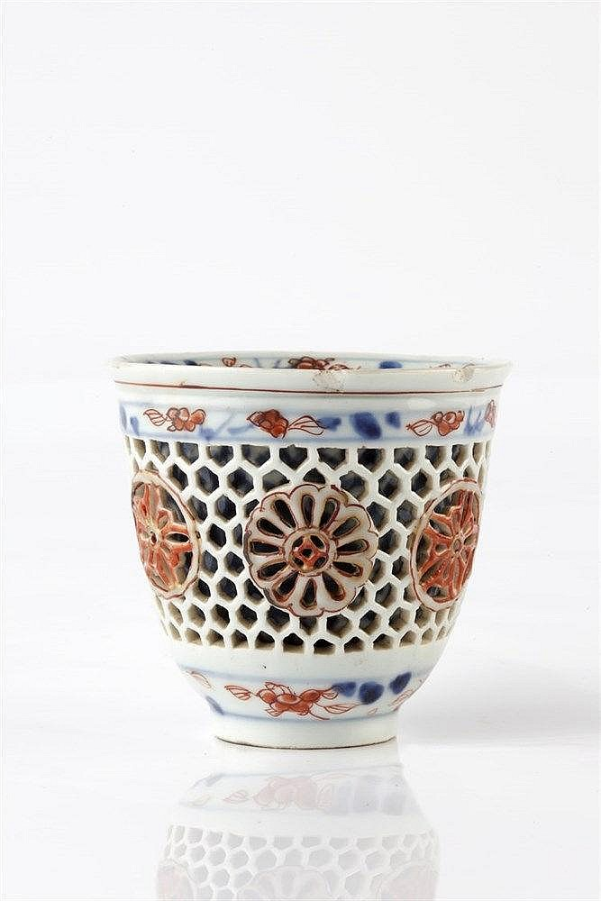 A Chinese reticulated cup 18th Century decorated in the Imari palette