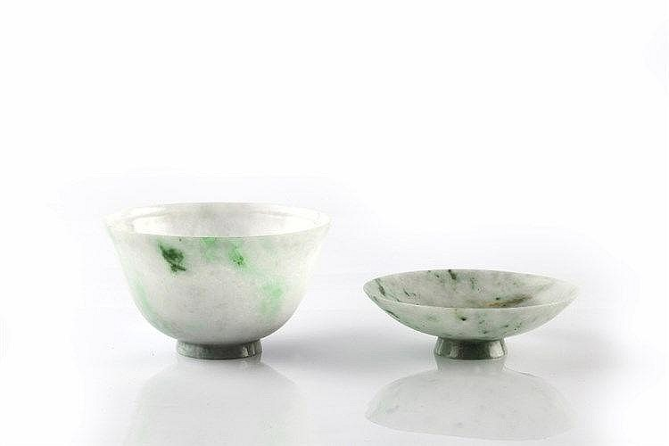 A Chinese pale green and emerald green spotted bowl and cover 19th Century