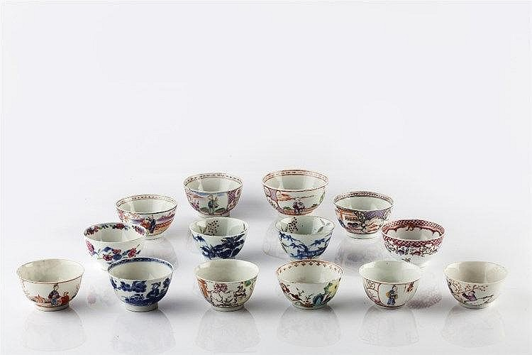 A collection of fourteen Chinese porcelain tea bowls 18th/19th Century