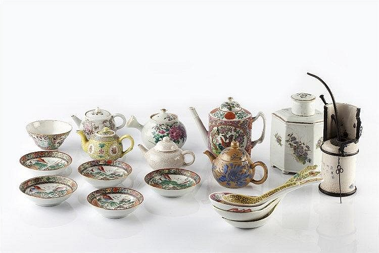 A collection of various Chinese pieces 19th/20th Century including an