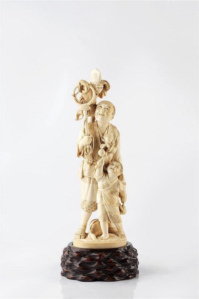A Japanese ivory okimono late Meiji period signed Shuzan, modelle