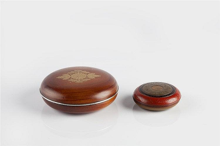 A Japanese wood kogo 19th Century decorated kiku flowers and paulowani