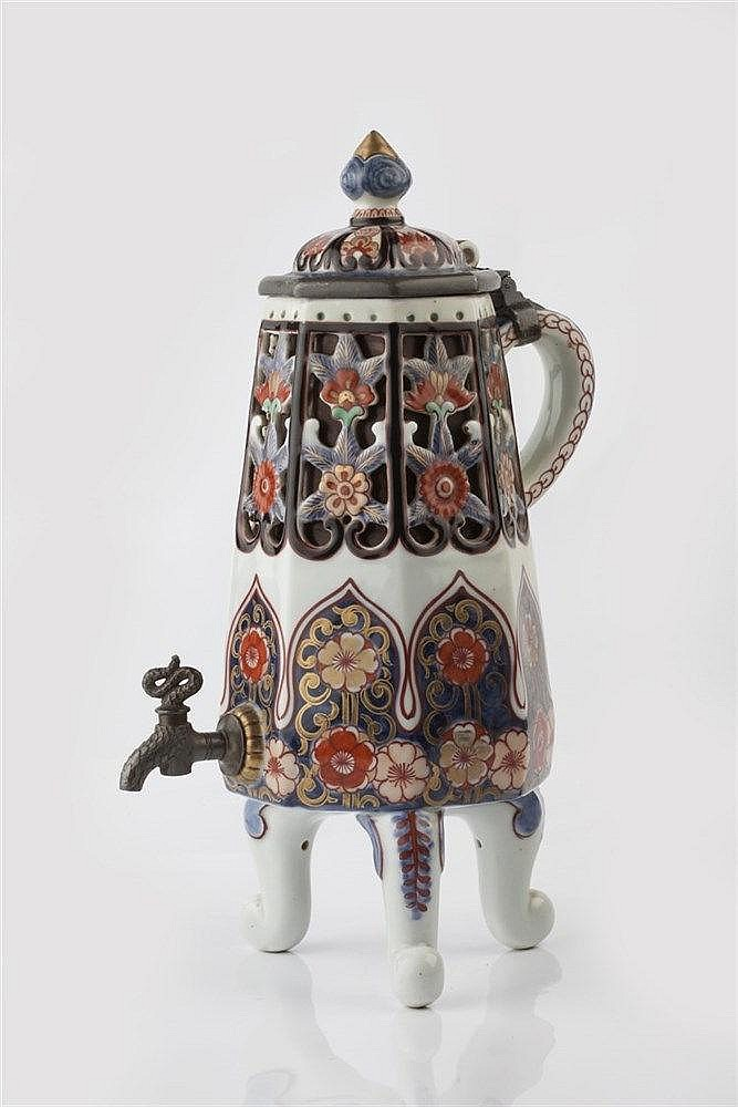 A Samson coffee pot in the Japanese taste late 19th Century with