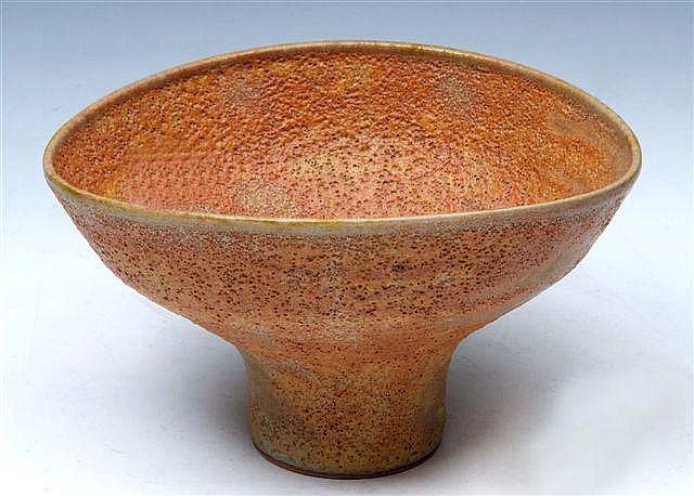 CHRIS CARTER (b.1945) A stoneware footed bowl with