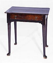 AN 18TH CENTURY OAK SIDE TABLE on four tapering legs and pad feet, 60cm w x