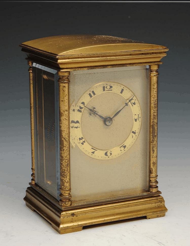 AN EARLY 19th CENTURY BRASS CARRIAGE TIMEPIECE, 4