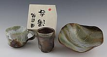 (3) CONTEMPORARY JAPANESE POTTERY CUPS & DISH