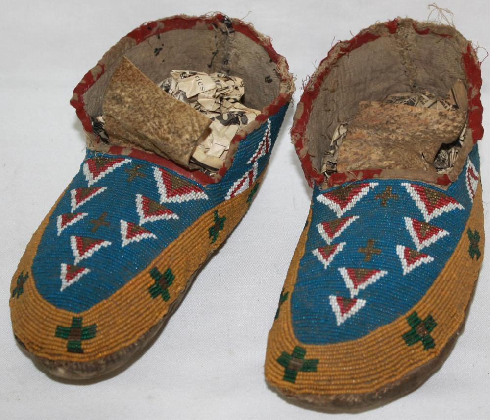 PAIR OF LATE 19TH CENTURY PLAINS BEADED MOCCASINS