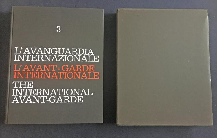 The international Avant-Garde 3, one of 100 copies, with signed and numbered prints by Chinn Yuen-Yuei, O. Fahlstroem, E. Paolozzi, A. Pomodoro, B. Quentin, K.N. Reddy, P. Revel, M. Rotella, Tancredi, and others.