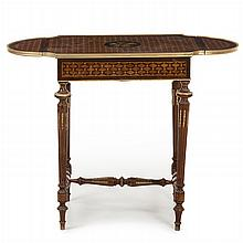Centre table with extra leaves, Louis XVI style