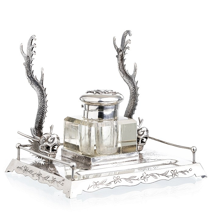 Inkwell with dragons in Chinese silver