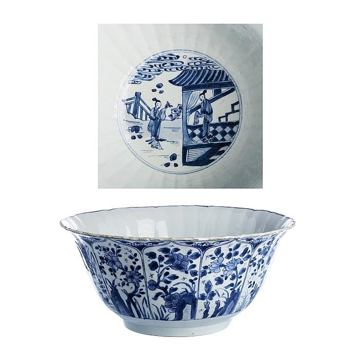Deep bowl in Chinese porcelain, Kangxi