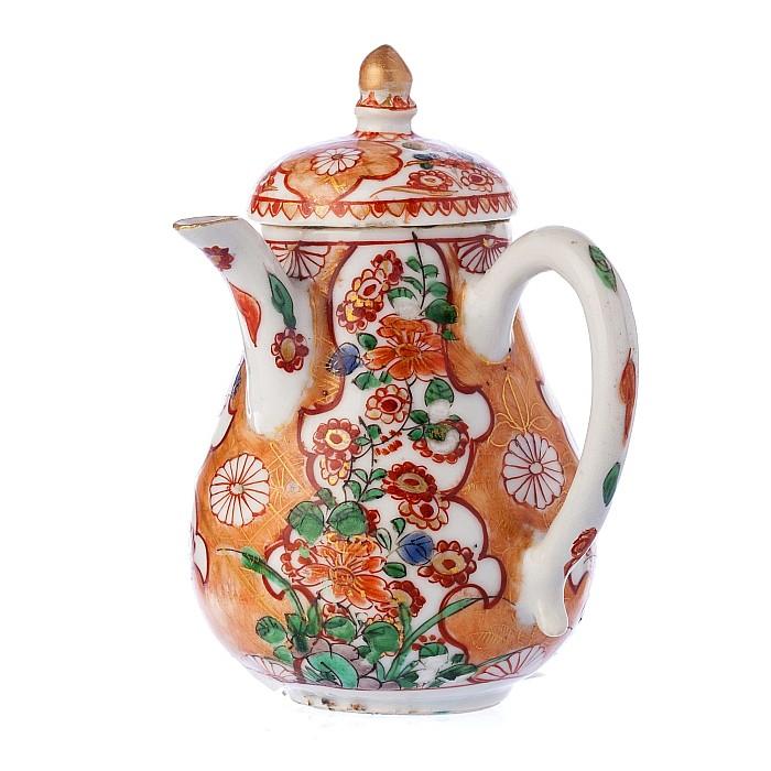 Japan Arita milk jug