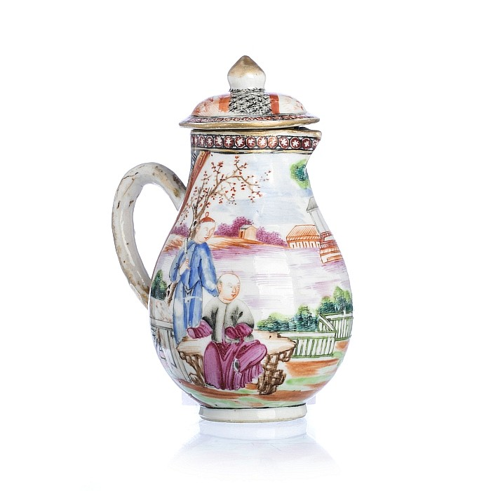 Chinese Porcelain 'Mandarim', Milk Jug, Qianlong