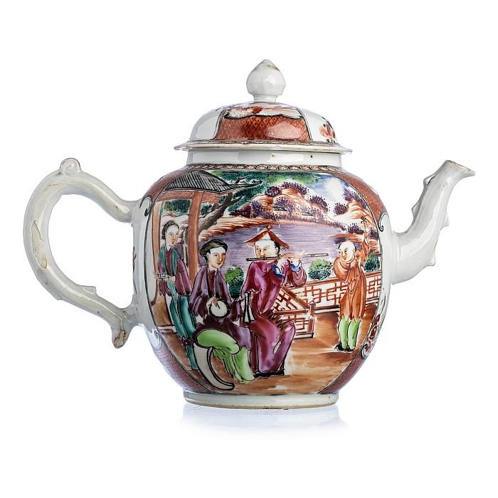Chinese Porcelain 'Musicians' Teapot, Qianlong