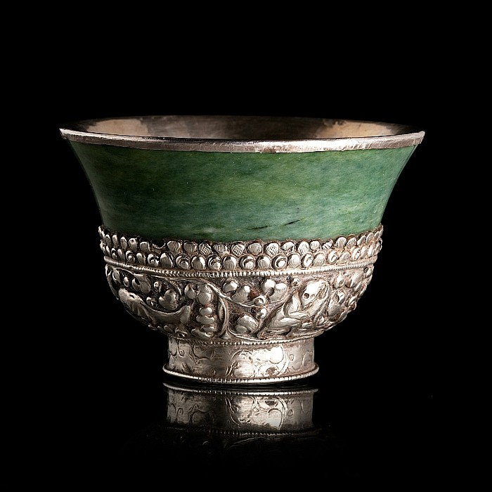 Tibetan jade silver bowl with animals