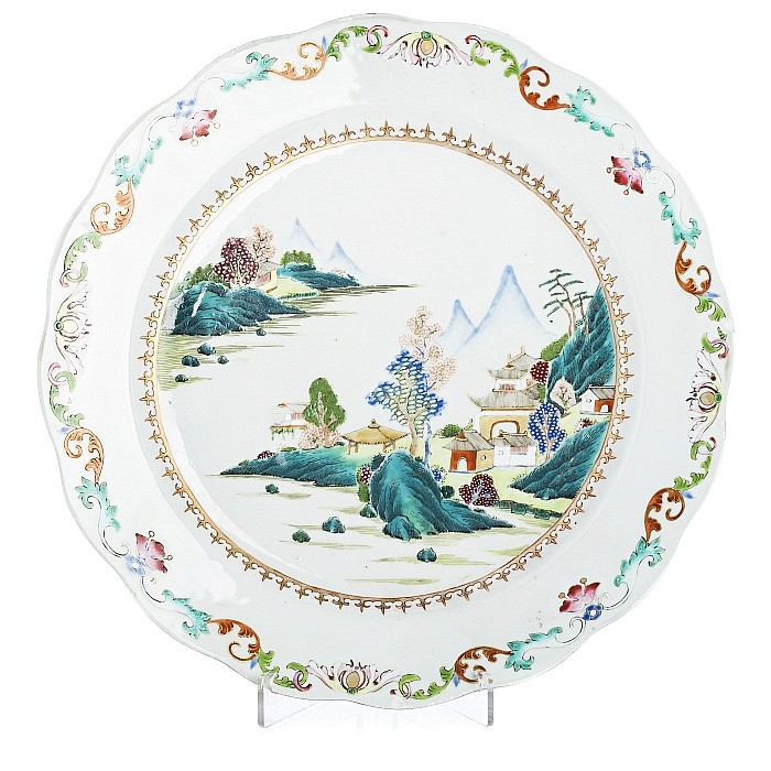 Large lobed plate with a 'scenery', Qianlong