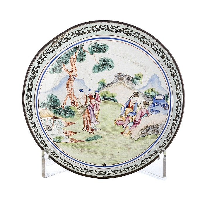 Saucer with 'scholars' in Canton enamel, 19thC