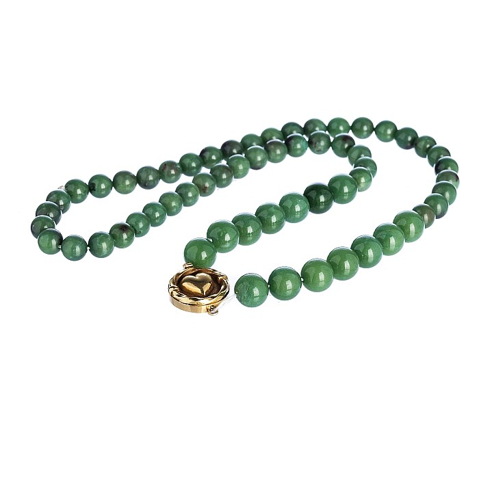 Chinese Jade necklace with a gold clasp