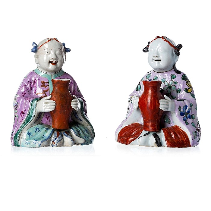 Pair of laughing boys in Chinese porcelain, Jiaqing