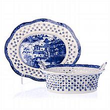 Basket with platter in Chinese porcelain, Qianlong