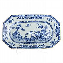 Two octagonal platters 'deers' in Chinese porcelain