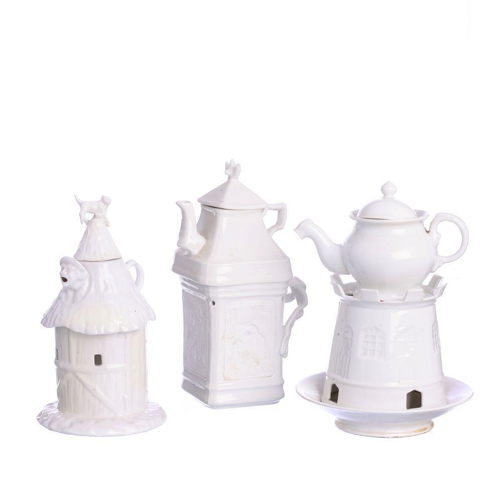 Set of three Vista Alegre bedroom teapot