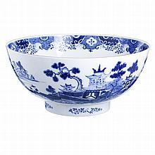 Large punch bowl in Mottahedeh porcelain