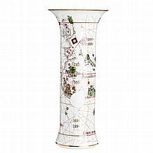 'Treaty of Tordesillas' vase by Vista Alegre