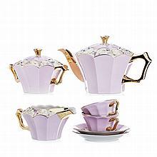 Art deco tea set in porcelain