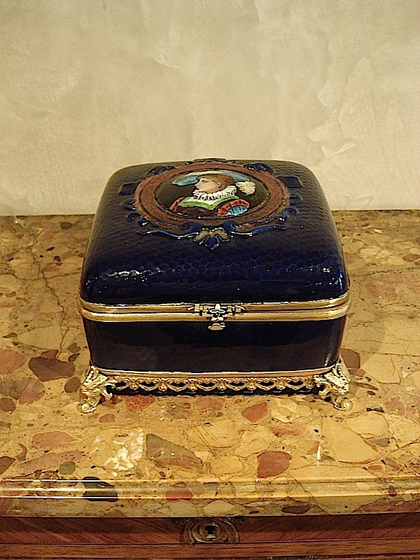 Limoges Jewelery Box