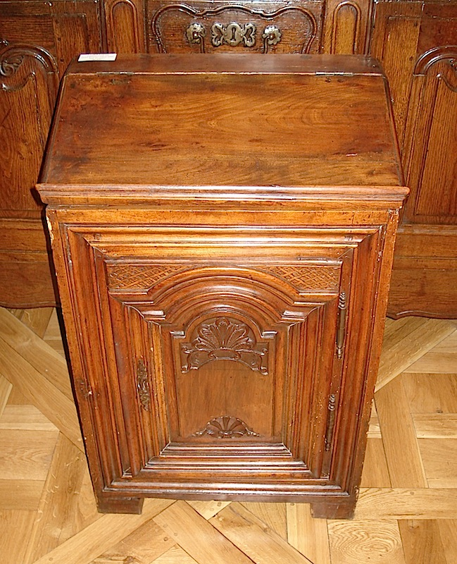 Eighteen century French Cabinet