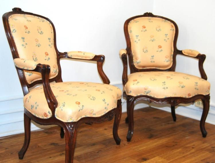 Antique pair of French Louis XV Style Walnut 19 century chairs