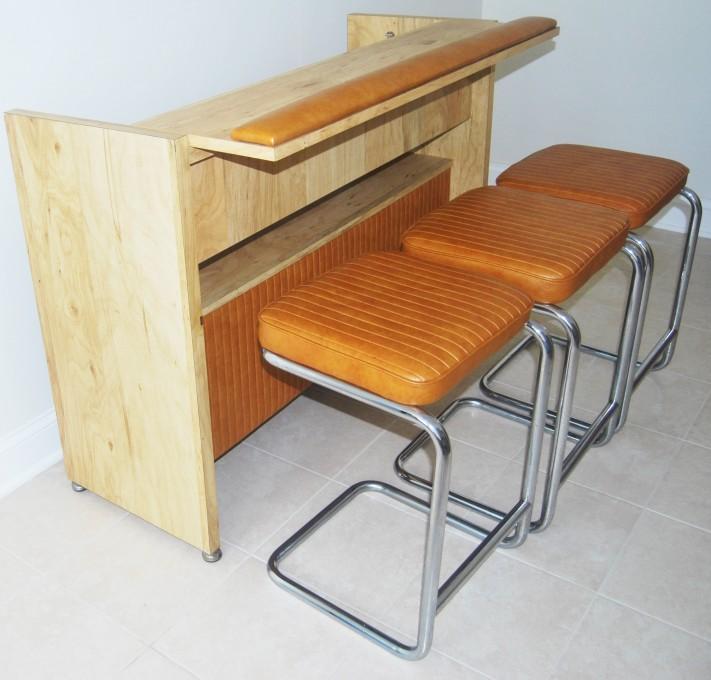 Mid-century modern bar with matching bar stools
