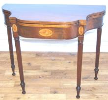 Federal Style Mahogany flip-top game table