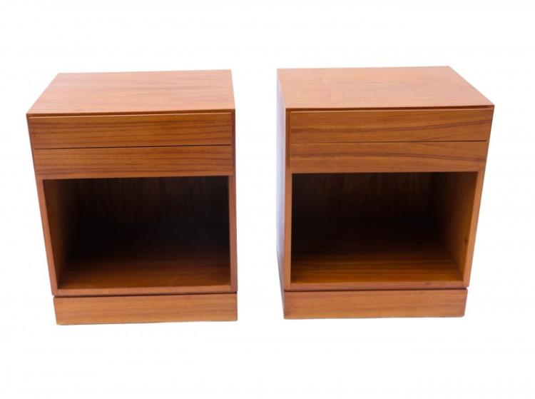 Arne Wahl Iversen Teak Danish Modern Nightstands End SideTables pair
