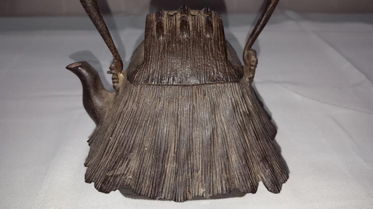 Asian Shape of a Hut Tea pot