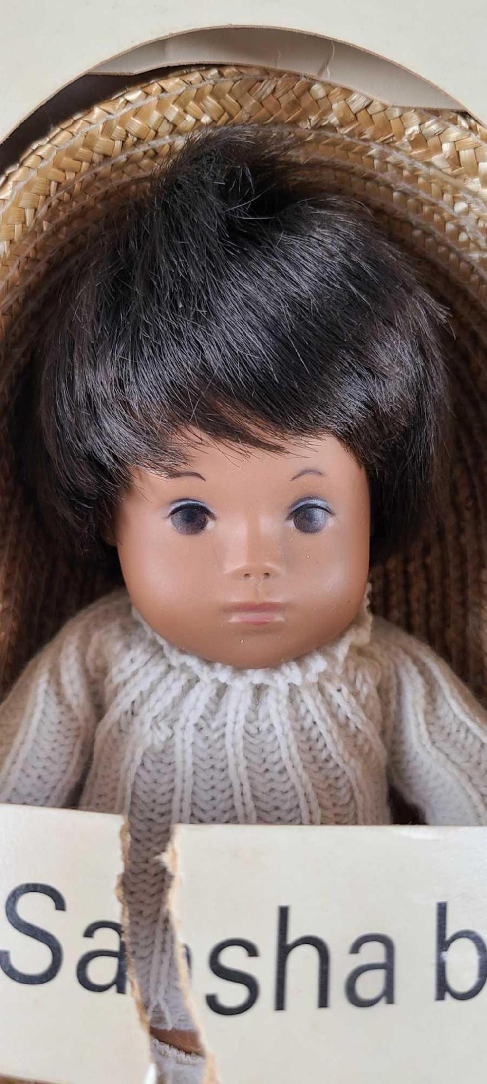 2 Sasha baby dolls