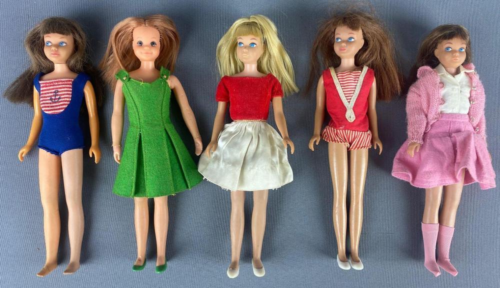 Group of 5 assorted Skipper (Barbie) Fashion Dolls
