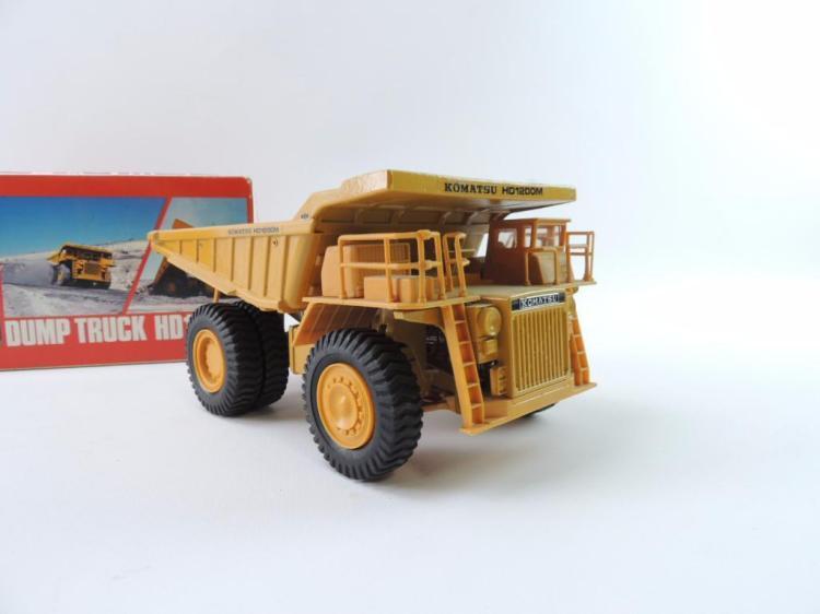 Toys For Trucks Wisconsin : Diapet komatsu hd m die cast toy dump truck with original