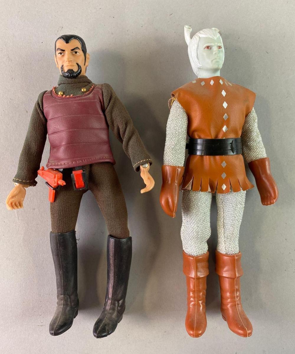 Group of 2 Star Trek Aliens Action Figures