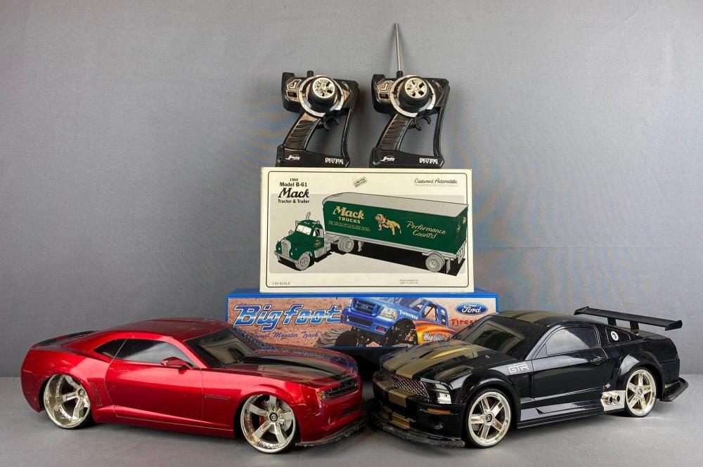4 piece group Jada Big Time Muscle R/C Cars and more