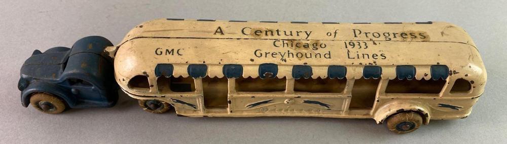 Arcade 1933 Worlds Fair Greyhound Bus Cast Iron Toy