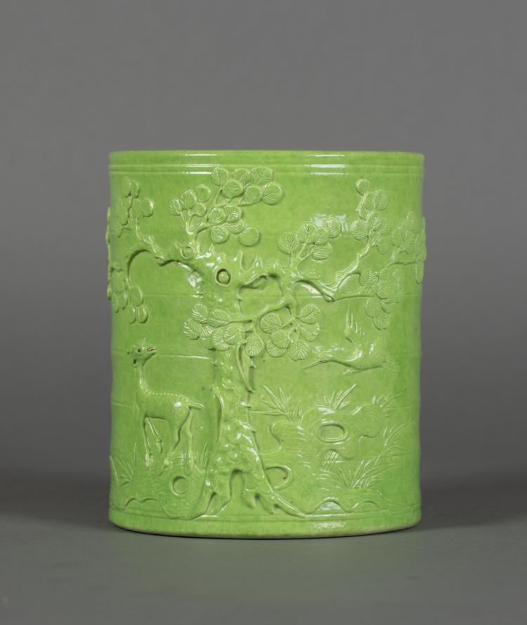CHINESE LIME GREEN GLAZED BRUSH POT