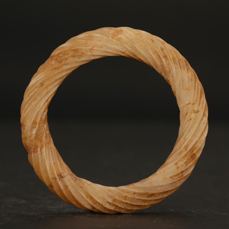 CHINESE ARCHAIC STYLE JADE TWISTED BANGLE