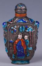 CHINESE ENAMEL ON SILVER SNUFF BOTTLE